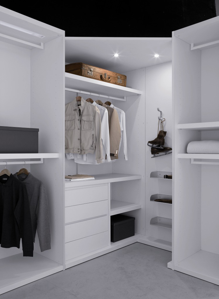 We storage the wardrobes store for Walk in wardrobe fittings